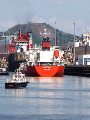 Ships entering the Miraflores locks